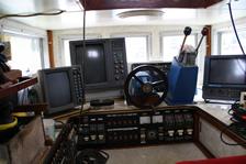 福井・越前・釣り船金松丸の船長室1